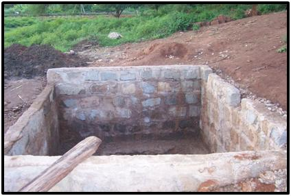 Taveta bricks used to layer the well